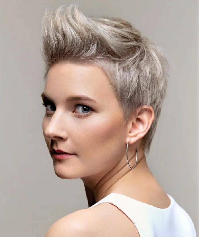 Стрижка пікс для короткого волосся