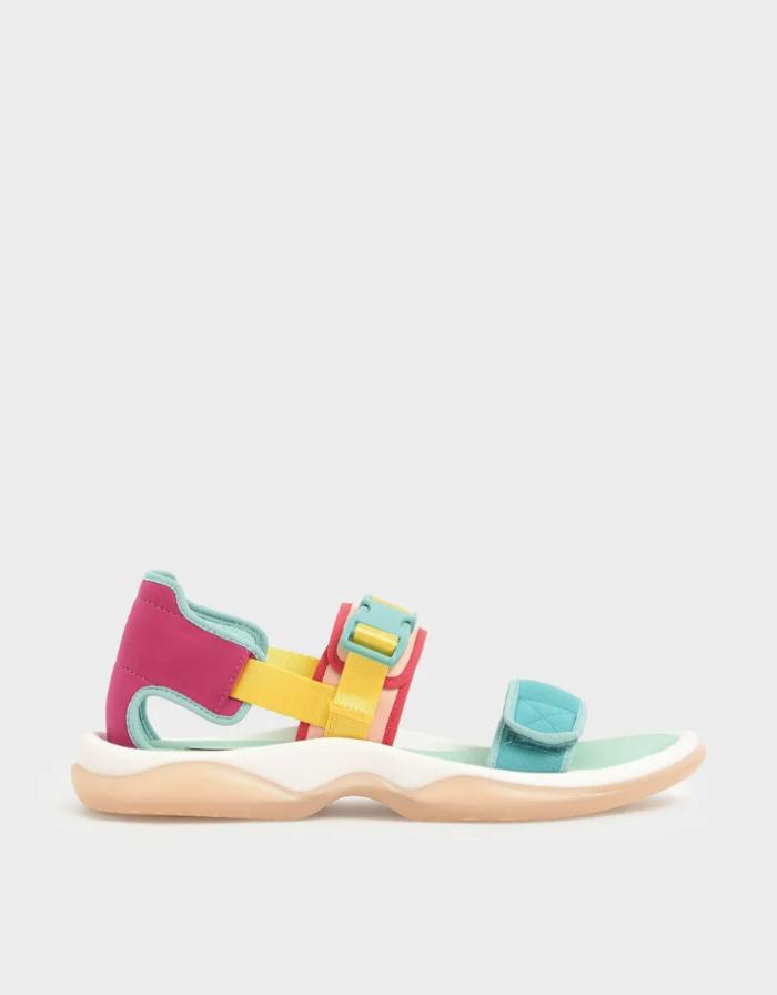 Кольорові сандалі