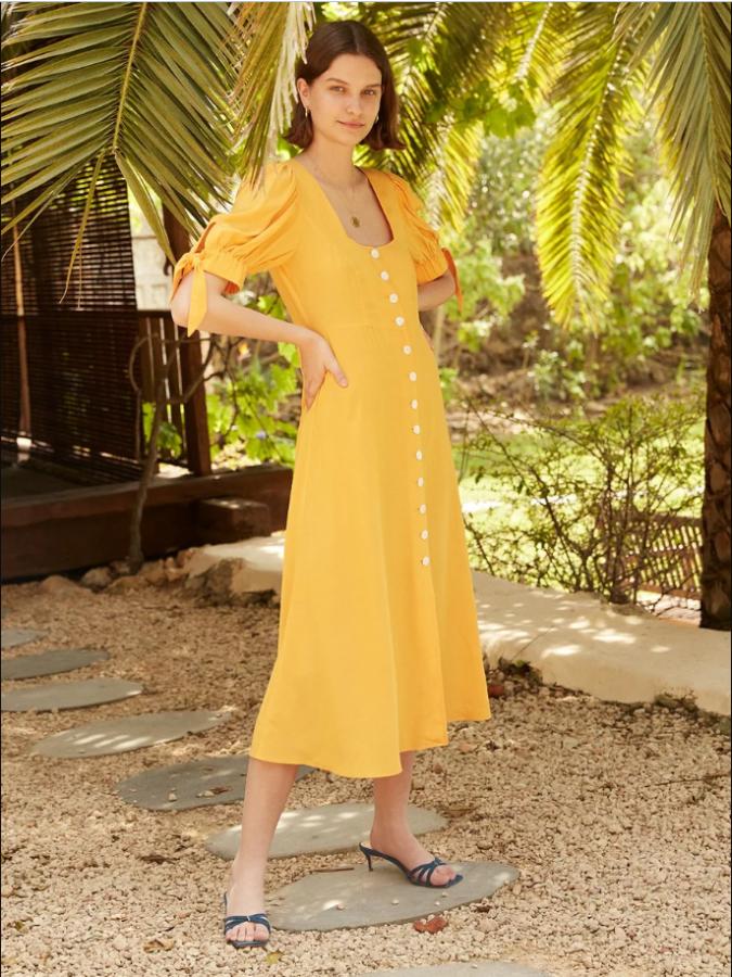 однотонна сукня