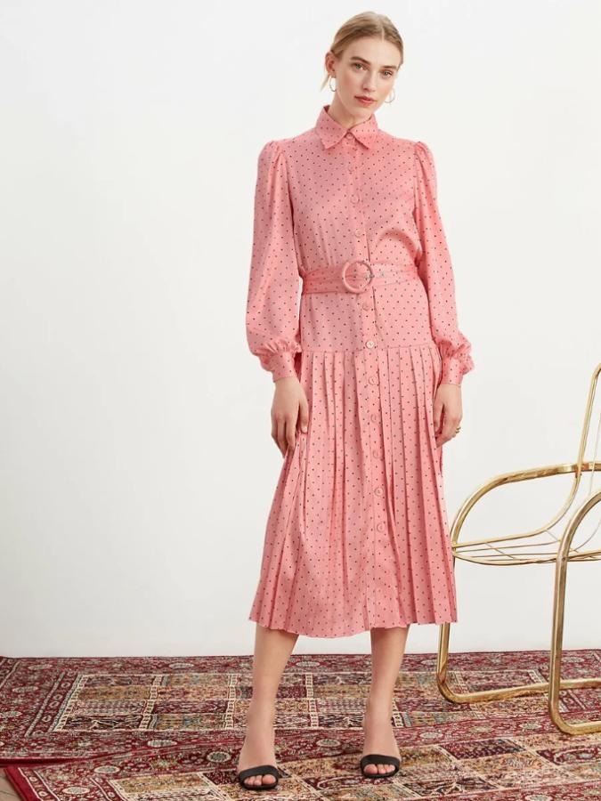шифонова сукня рожевого кольору