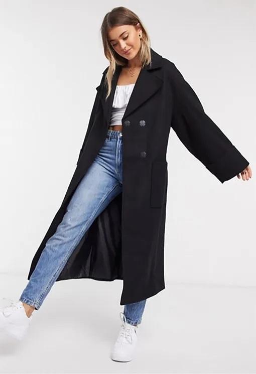 довге чорне пальто