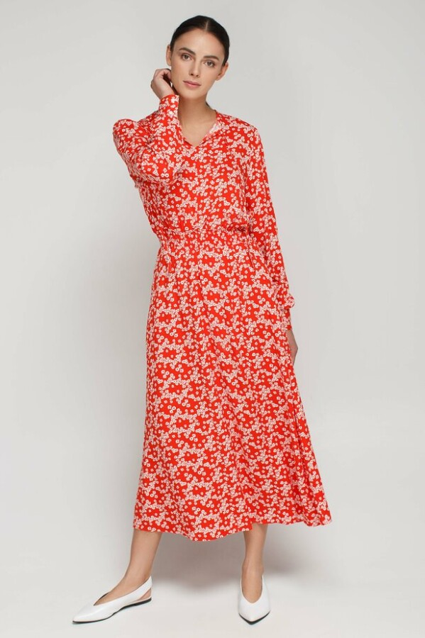 сукня з яскравим принтом